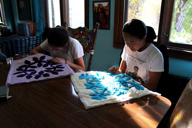 Quiet time working on their pillows in 8th Grade Arts Elective Hawaiian Quilting class.