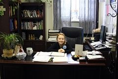 Vivian taking over Mrs. DiMarco's office!