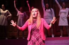 US presents Legally Blonde