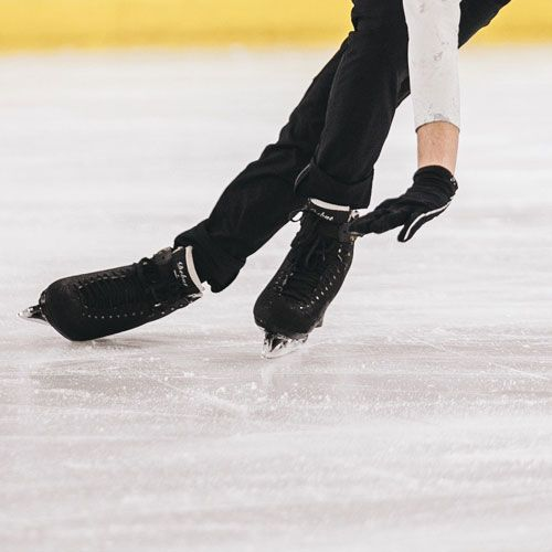 Charlie White '05 won gold at the 2014 Winter Olympics and silver at the 2010 Winter Olympics in ice dance.