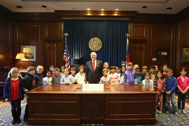 Grade 2 Spanish Visits Governor Nathan Deal