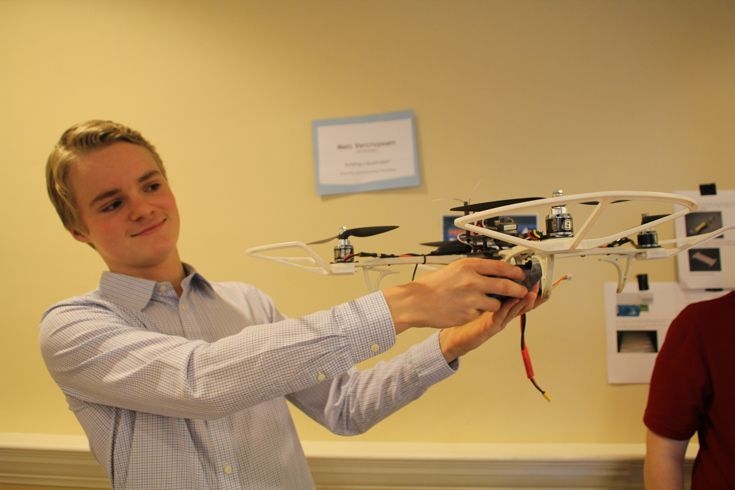 Grade 10 MYP student builds a personal drone.