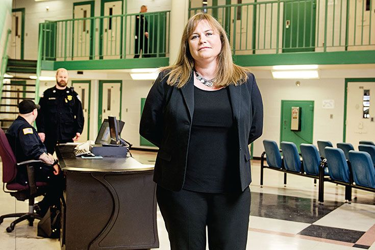 Few people understand the toll of mental illness like Mitzi Peterson '90, P'17, '20. She oversees the behavioral health of a population invisible to many: the nearly 10,000 inmates of Massachusetts' 16 state prisons.