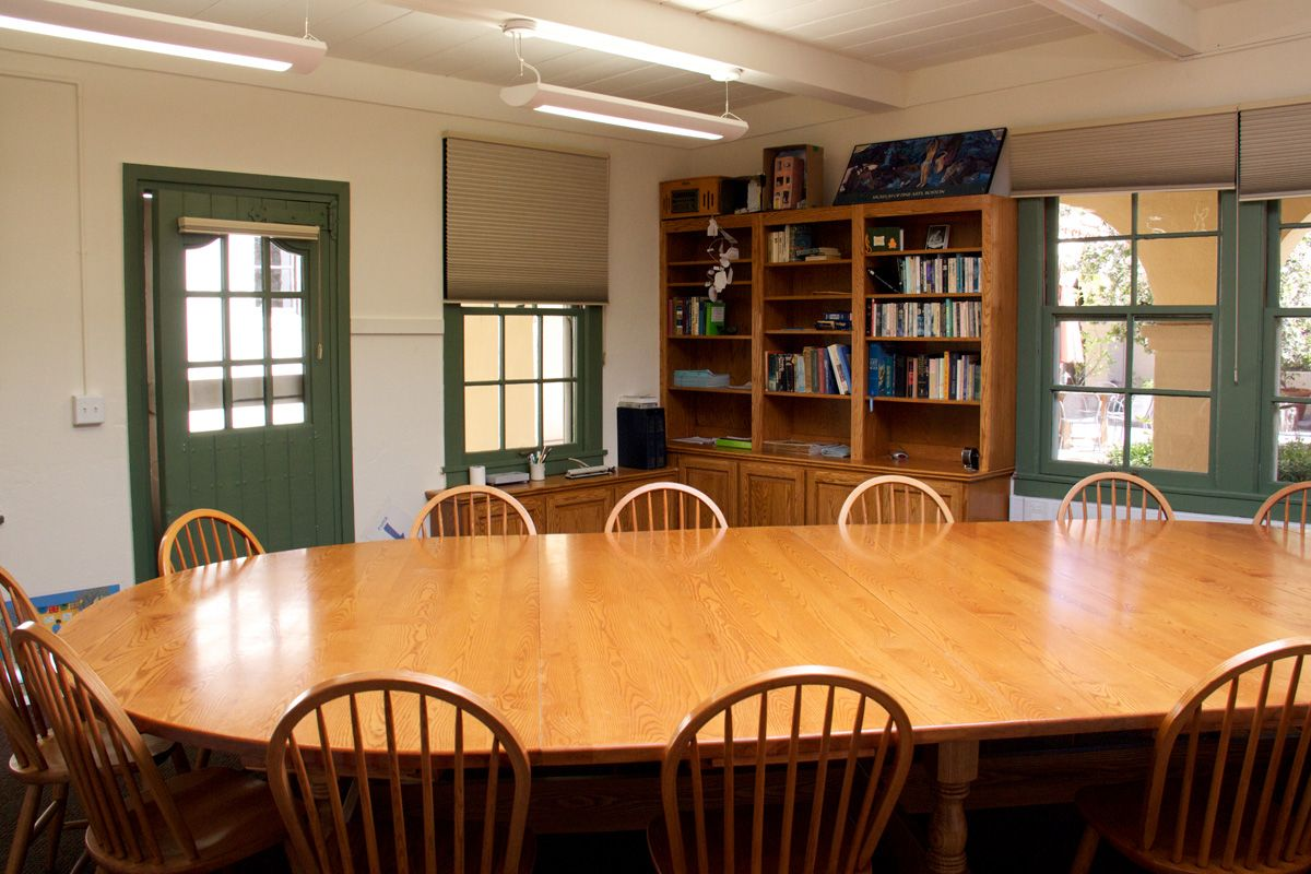 Many Thacher classrooms make use of Harkness Tables to facilitate participation and discussion.