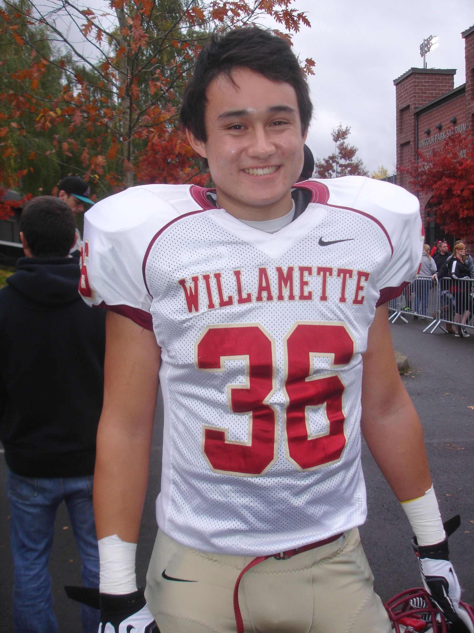 Mitchell Brisacher '12 - Willamette University Football