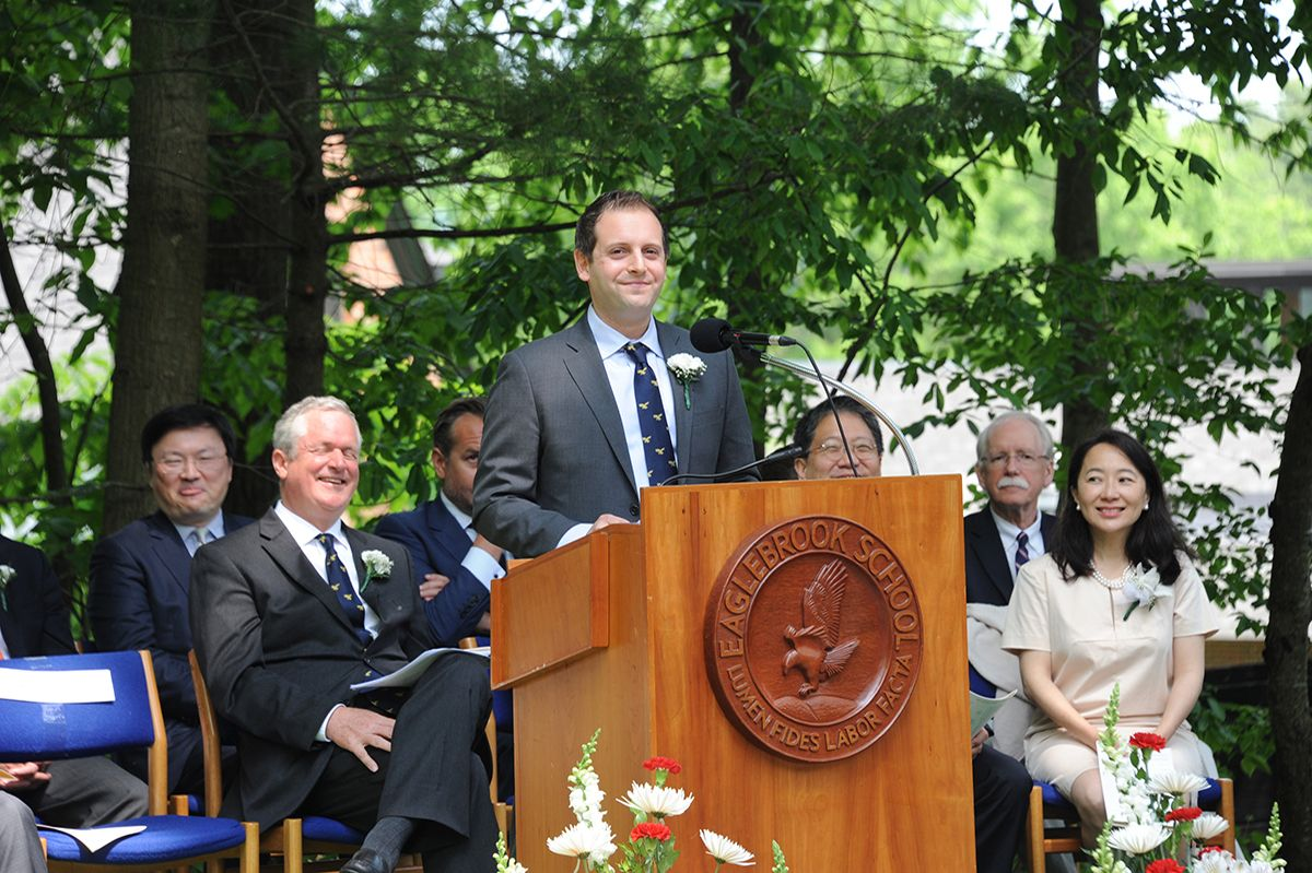 Mr. Zach Schonbrun '01 speaking at the 2019 Commencement Exercises.