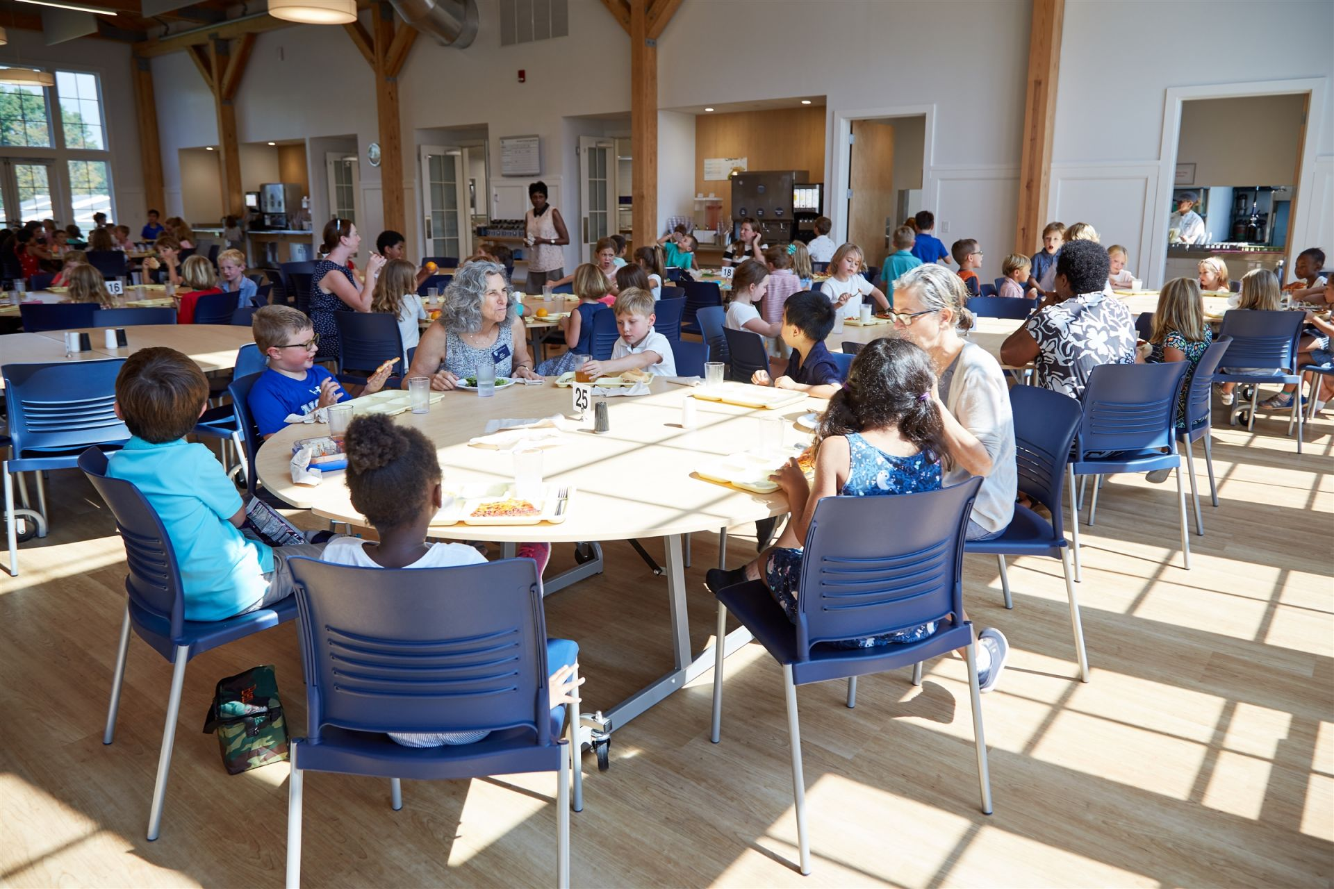 The Susan Haigh Carver '51 Dining Hall serves lunch to students in groups by grade level. The menu is varied and consists of fresh, local produce, organic and vegetarian selections, as well as the usual favorites. Teachers dine with the children in an atmosphere that encourages community.