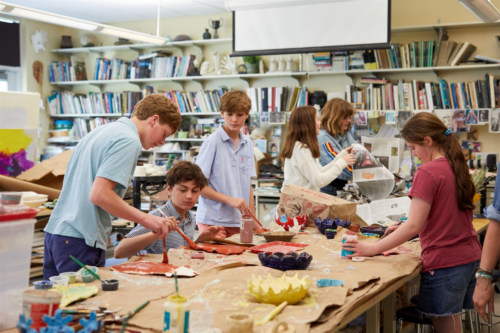 An Upper School art classroom: Students in Grades 7-9 can choose from art electives that include drawing, painting, printmaking and photography.  Regular field trips to area and New York City museums enhance the students' arts education.