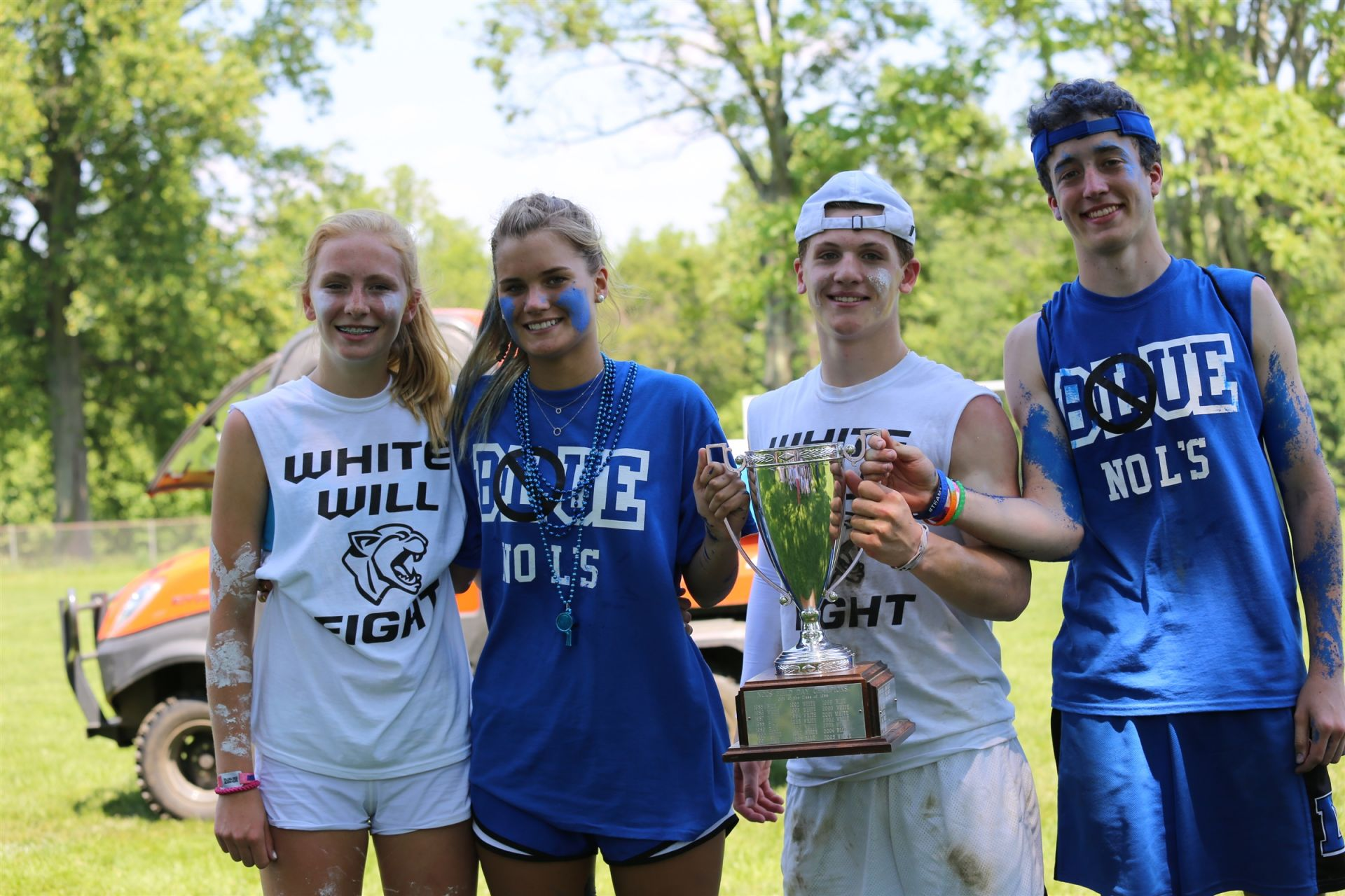 Ninth graders play a special leadership role as <b>captains of sports teams </b>, as well as spearheading Blue & White Day, a day of sports and friendly competition for the Middle and Upper Schools.