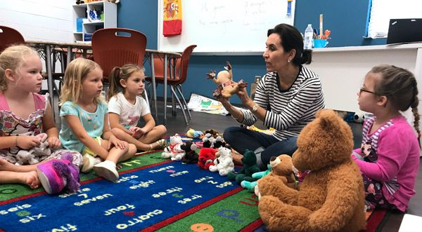 Spanish is an enrichment class offered to K3, K4 and Kindergarten to give students an early exposure to foreign languages.