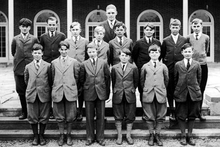 Bolton Hall Patio, Lyndhurst, 1926. Back alone: William Nelson. Second row back L-R: Morris Perkins, Windsor Ford, Herbert Rogers, Benjamin Taplin, John Calfee, Fayette Brown, Alexander Brown, George Merryweather. Front row L-R: Frederick White, Calvin Judson, John whittemore, Adrian Foose, Tracy Osborn, Benedict Schneider.