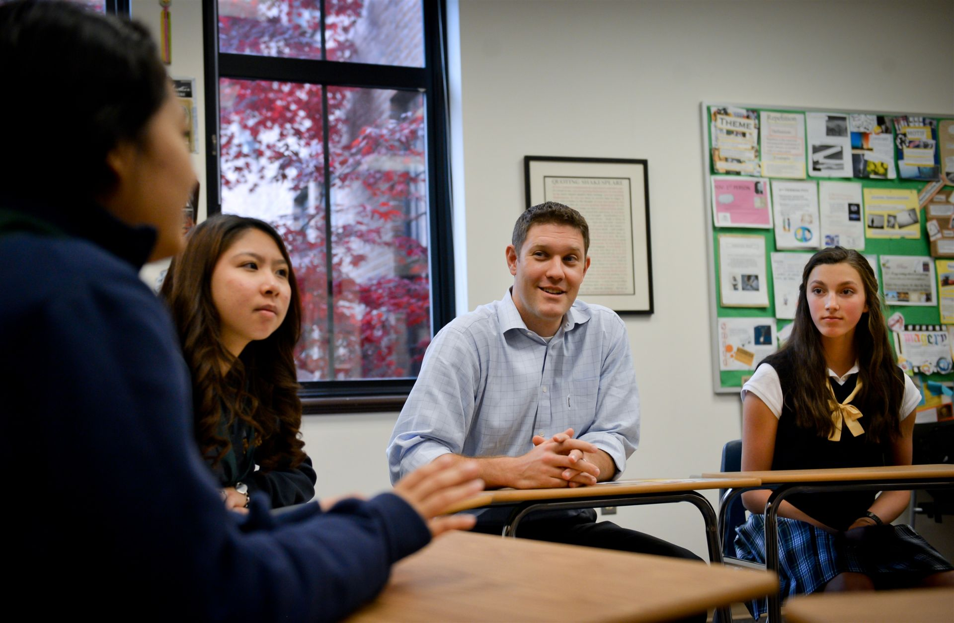 Upper School classrooms offer an environment for discussion and collaboration.