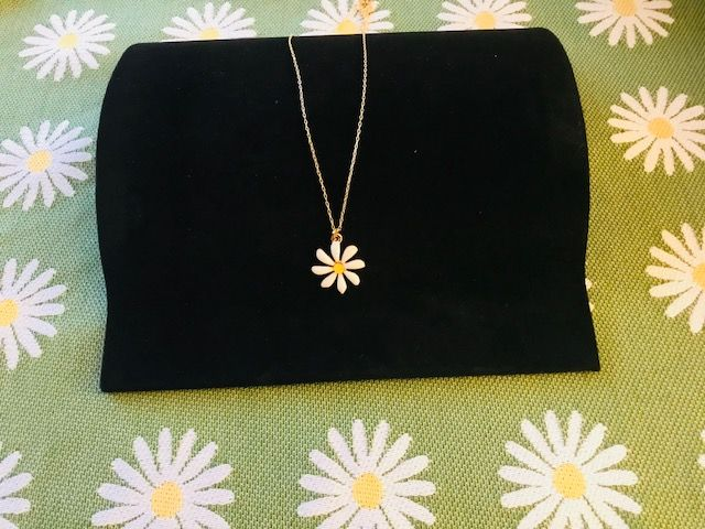 "Daisy Necklace on 36"" Chain - Gold-Plate"