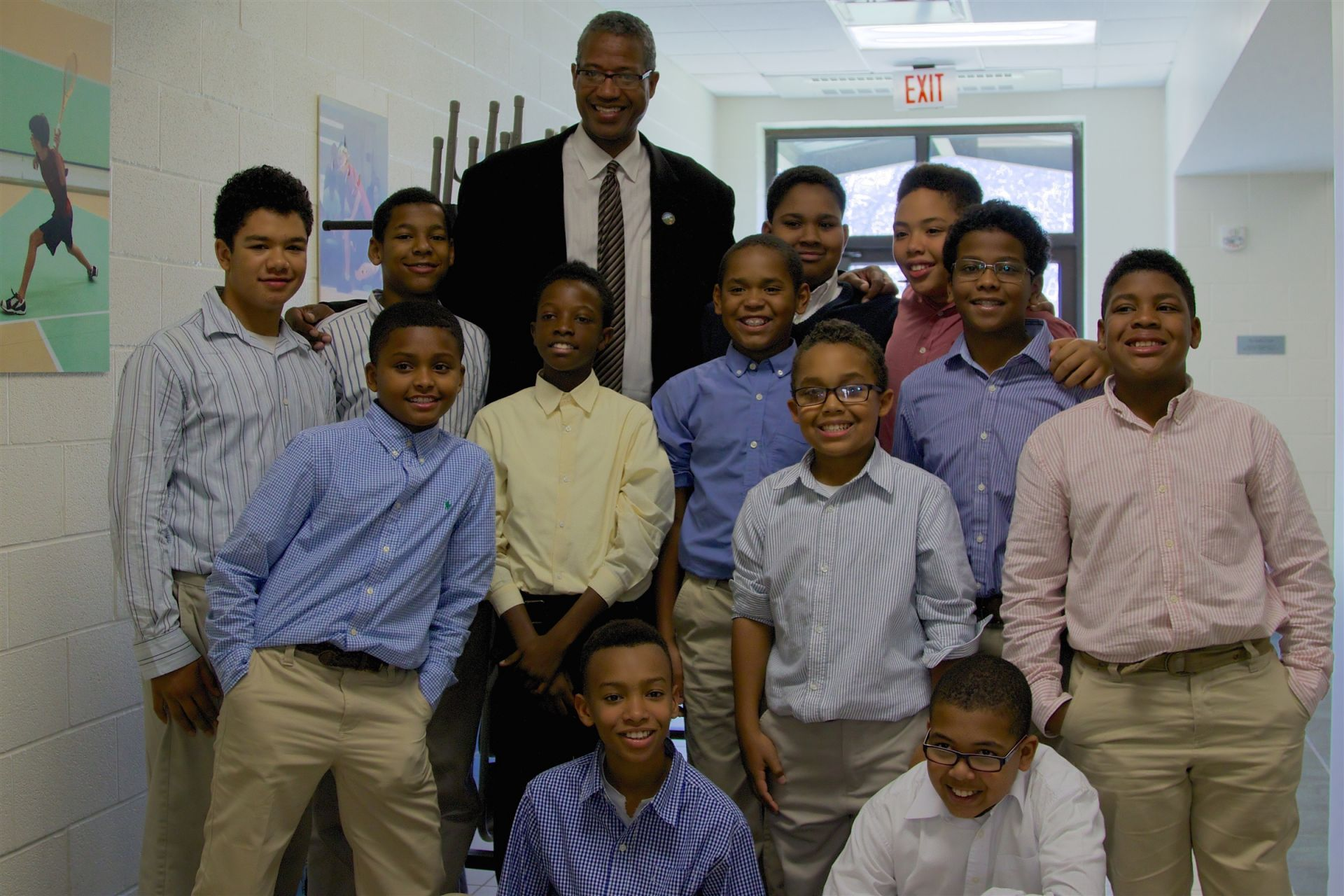 Mayor Brad Sellers visits with the Junior Pembroke Society