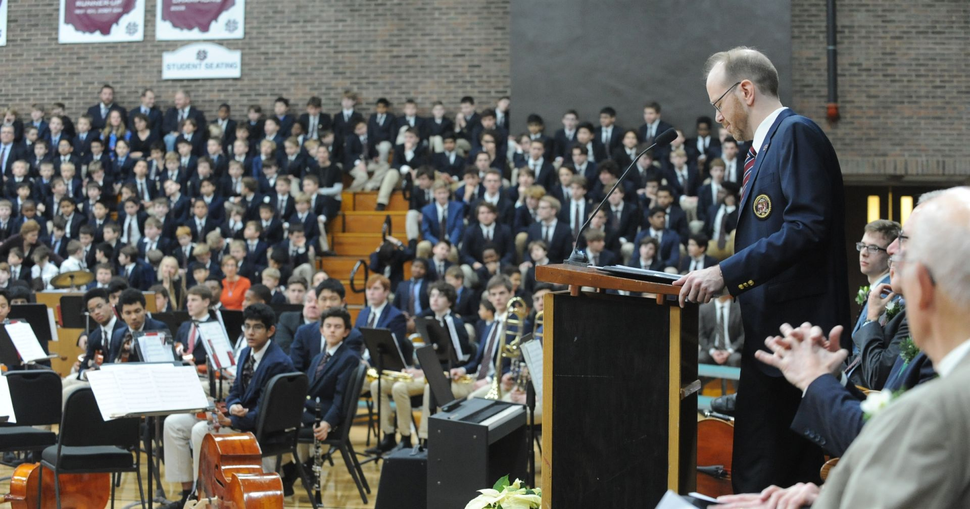 Head of School Patrick Gallagher addresses the students, faculty, parents, alumni and guests.