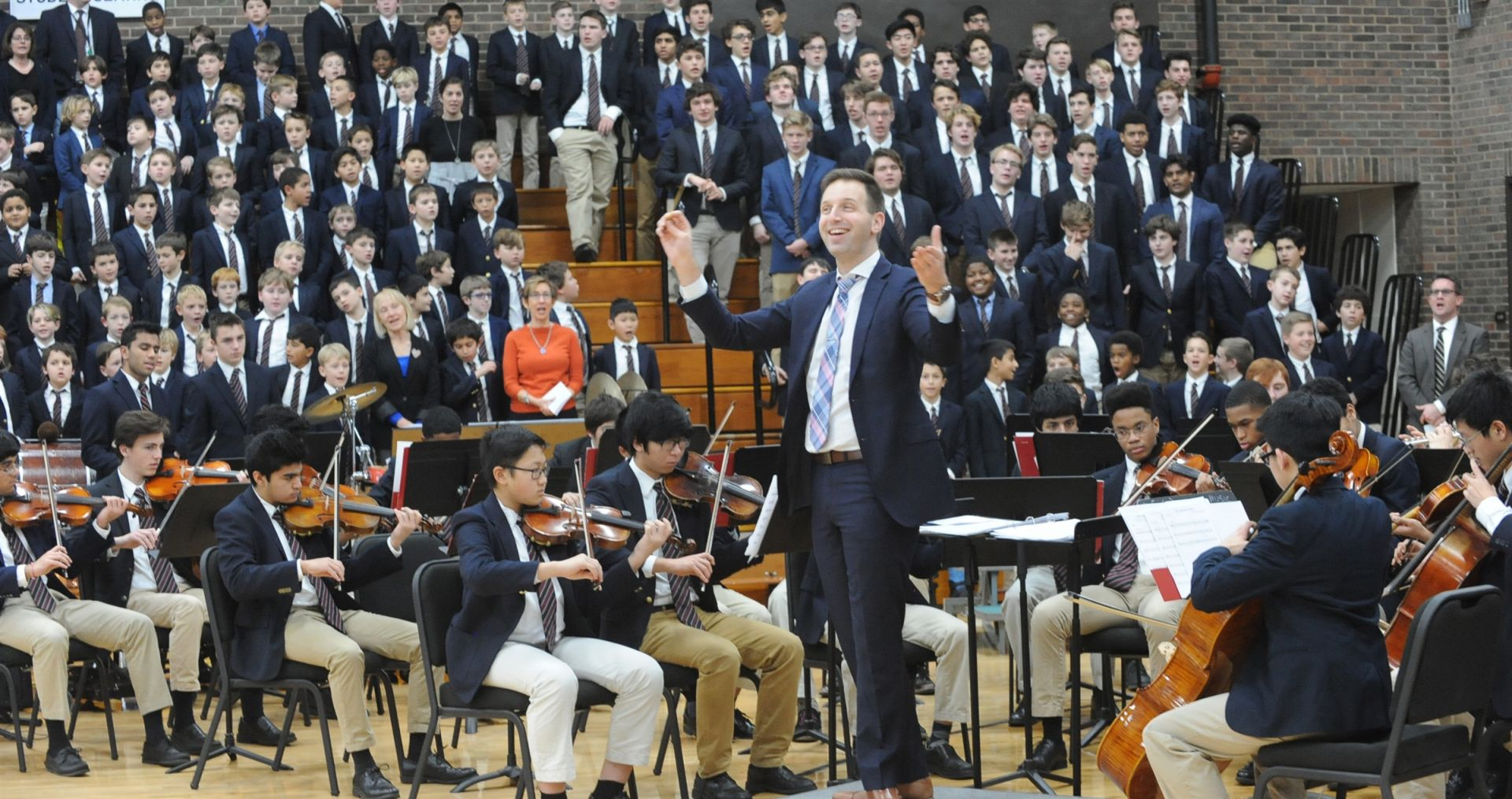 Danny Singer conducts The University School Chamber Orchestra.