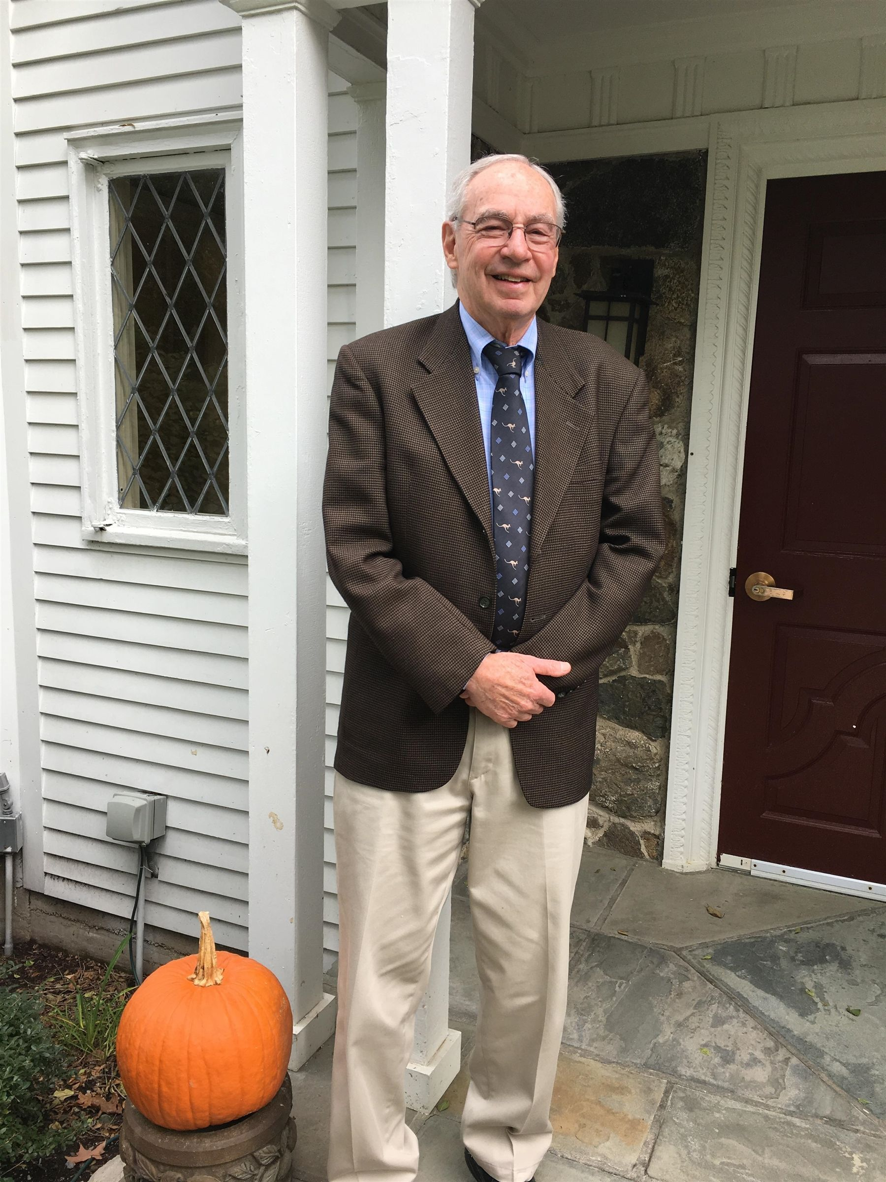 Lunch with Burt Perlmutter '54 at the Alumni House October 31, 2018