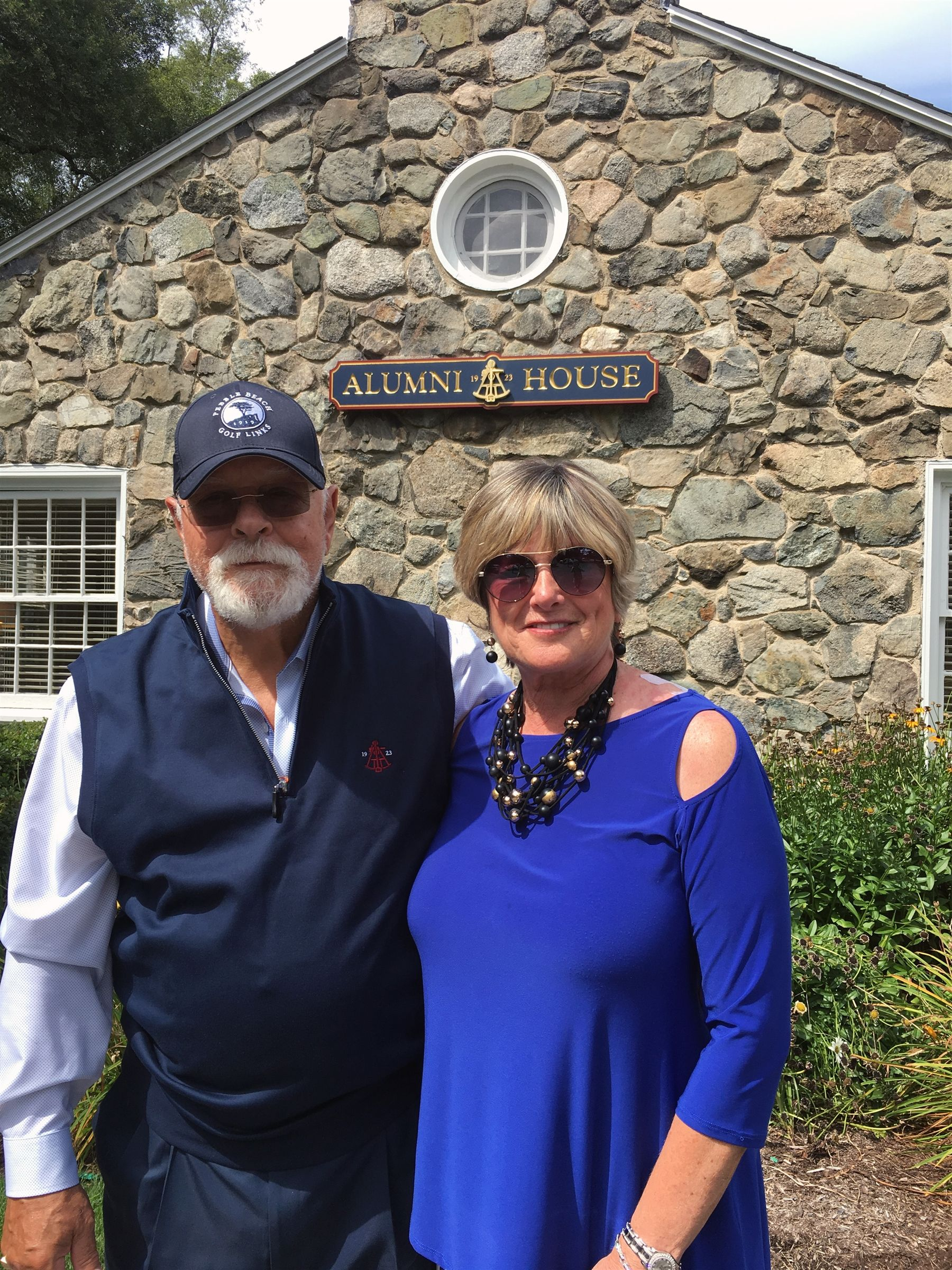 Valerie and Barry Taintor '58 visiting Alumni House from Connecticut on August 28, 2019.