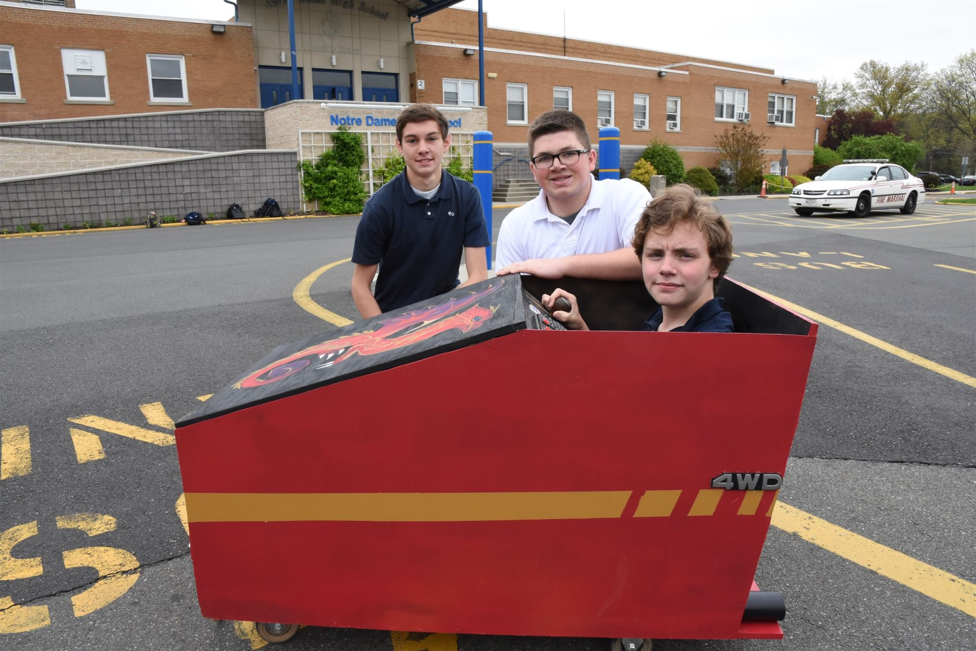 Robert VanErem, Eric Margadona, Rob Powell designed and built their chariot.