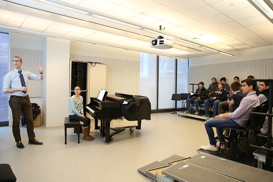 Visual arts and music occupy floor 4, complete with music practice spaces, art studios, and a digital photo lab. Additionally, on the Lower Level, performing arts benefit from a 307-seat auditorium and a black-box theater, both of which support Collegiate's vibrant drama program.