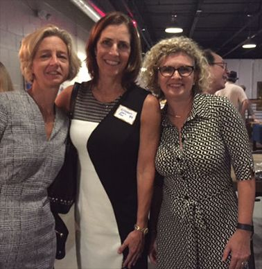 Alison Lennarz, Elizabeth Cross Foxx `83 and Tracy Shackleford