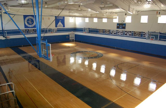 Founders Hall includes a regulation-size NCAA basketball court utilized by our basketball teams and physical education classes. The weight training room is also located inside the gymnasium.