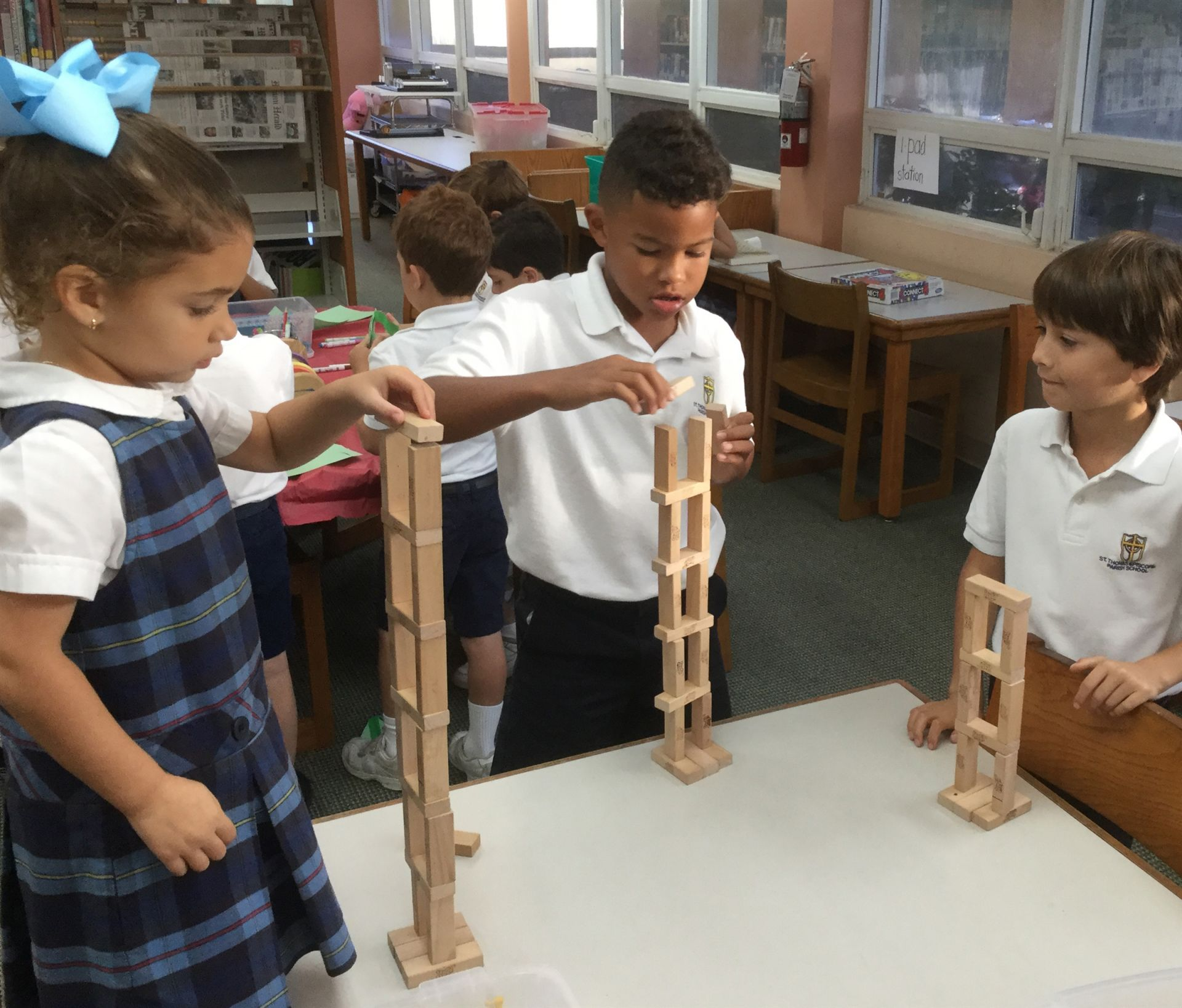Building structures in the exploratorium