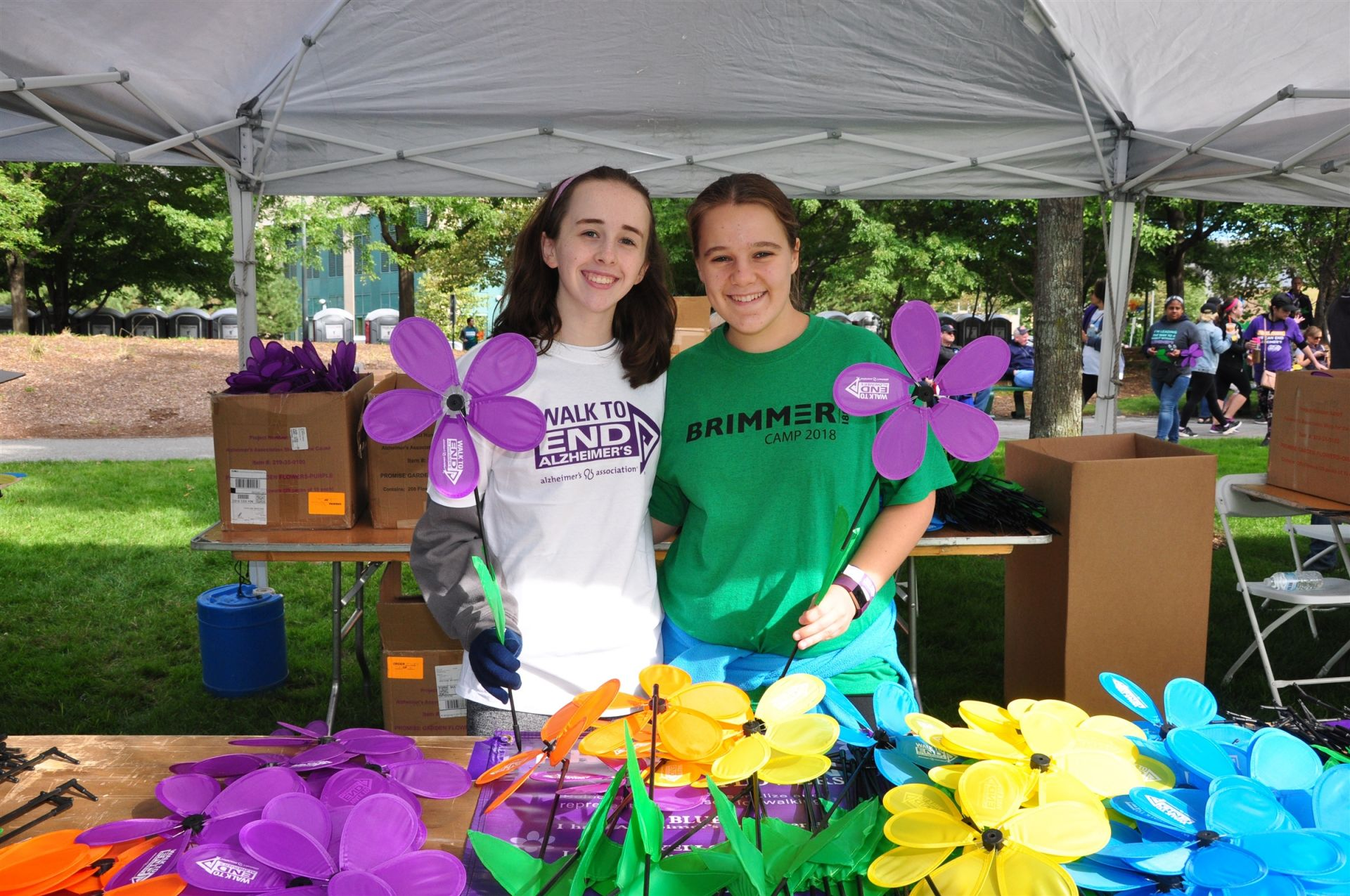 Students volunteering at the Alzheimer's Walk