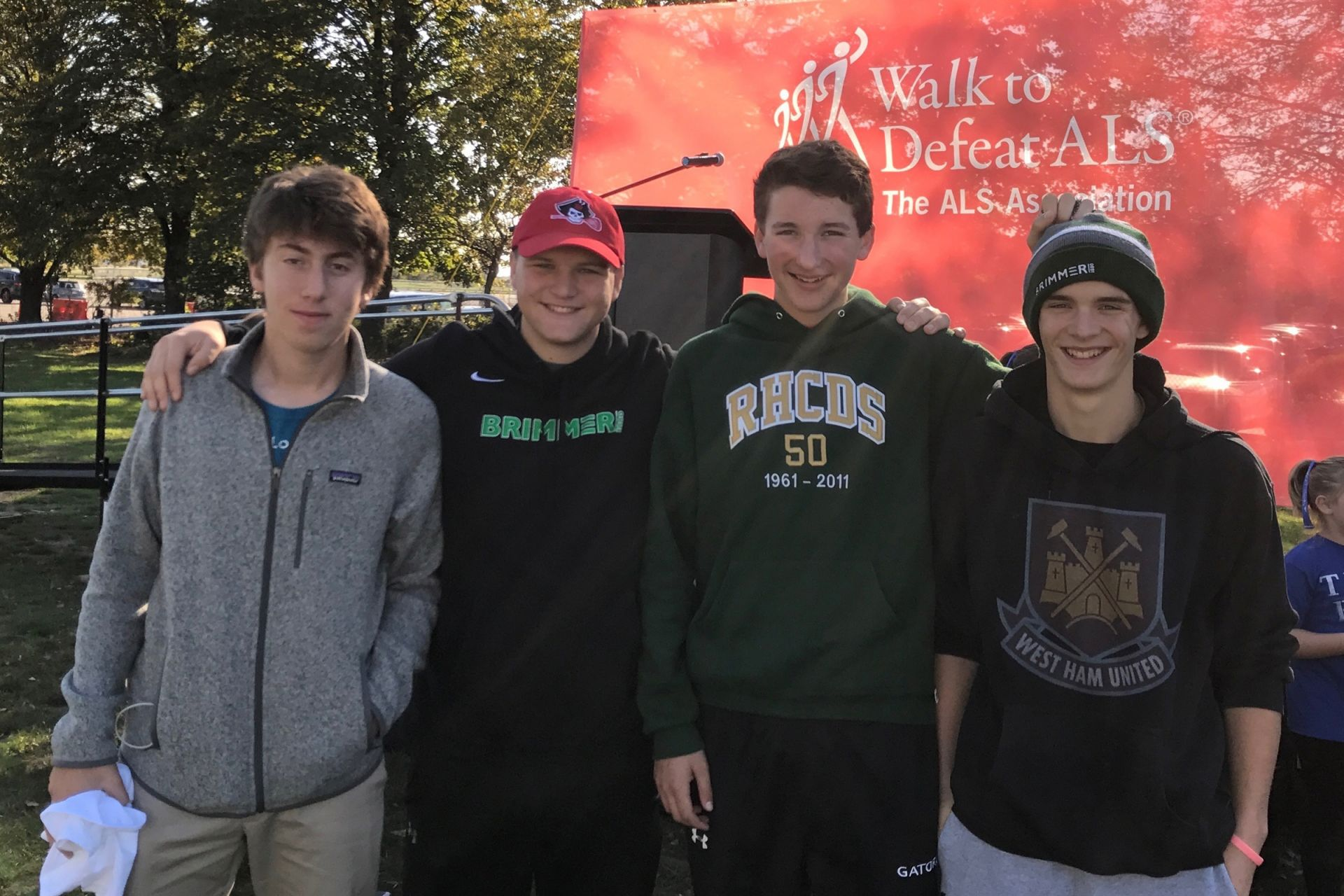 Students volunteering at the ALS Walk
