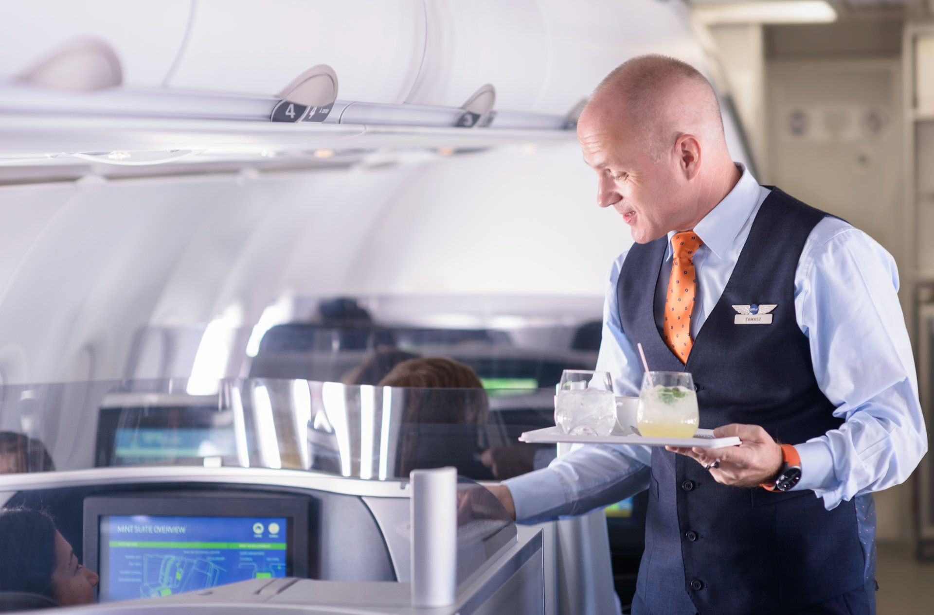Enjoy upgraded service and comfortable seating in JetBlue Mint using FoundersCard. (JetBlue)