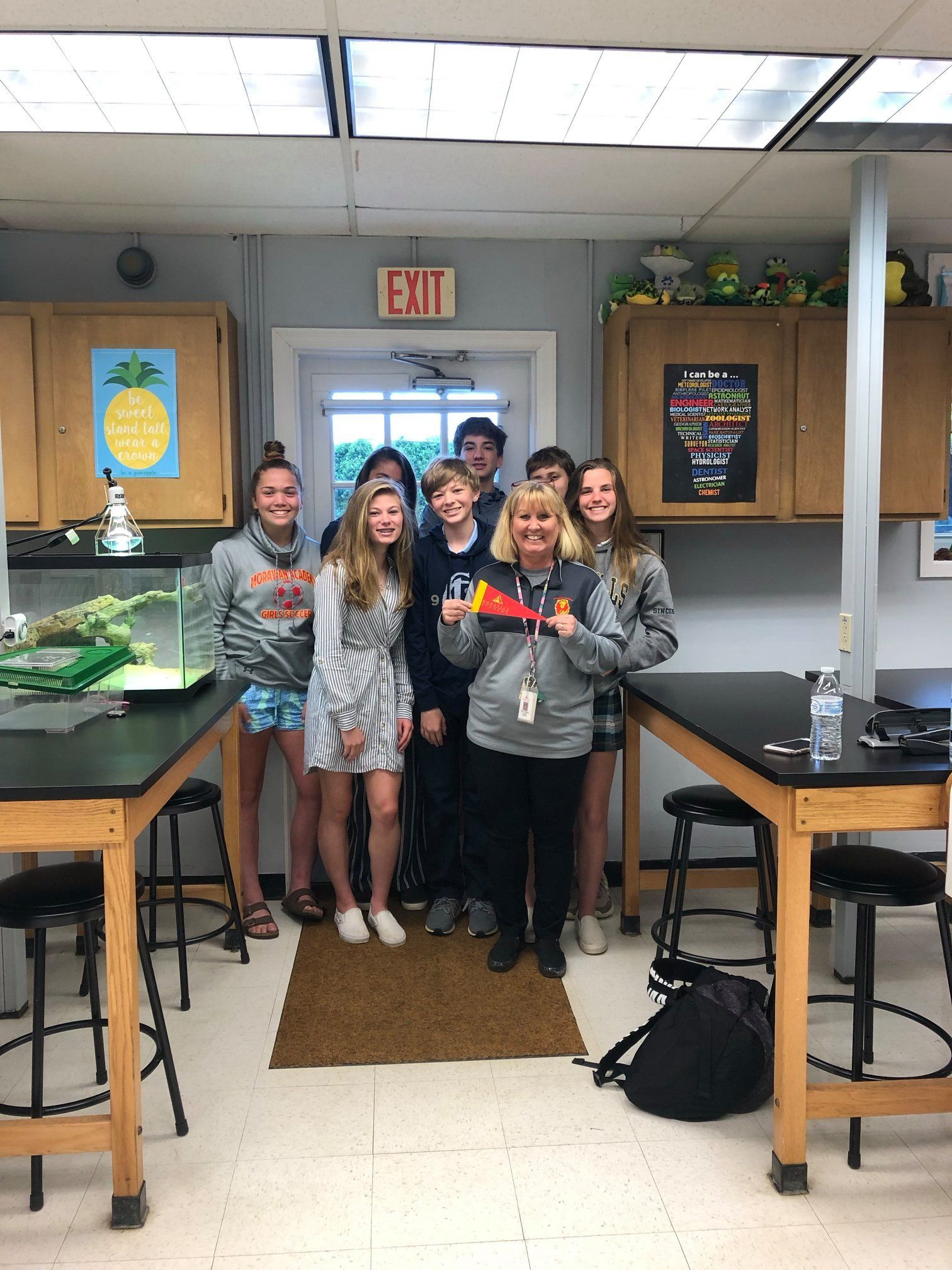 Greetings from Mrs. Wendy Sheetz '85's Biology Class!