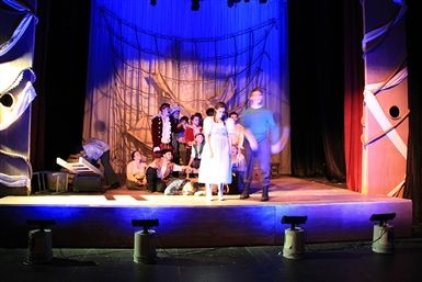 2016_HS_Fall_Show_PeterStarcatcher00018