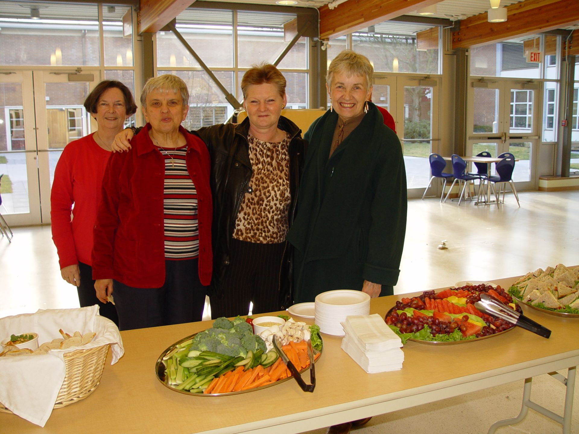 Brenda, Mauvorneen, Sister Fran and Marian at the 2007 Alumnae Home for the Holidays