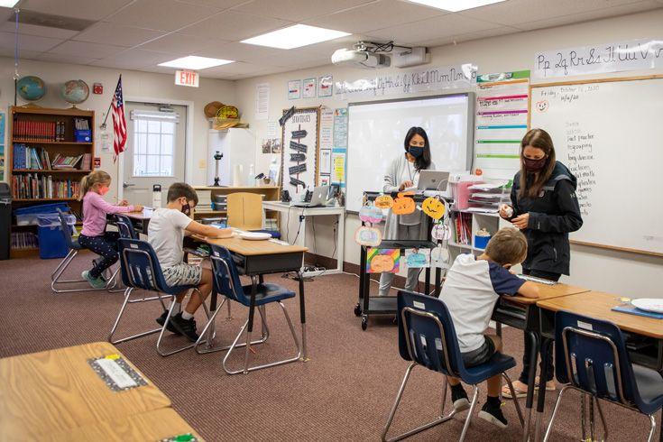 Severn School elementary school hybrid learning classroom.
