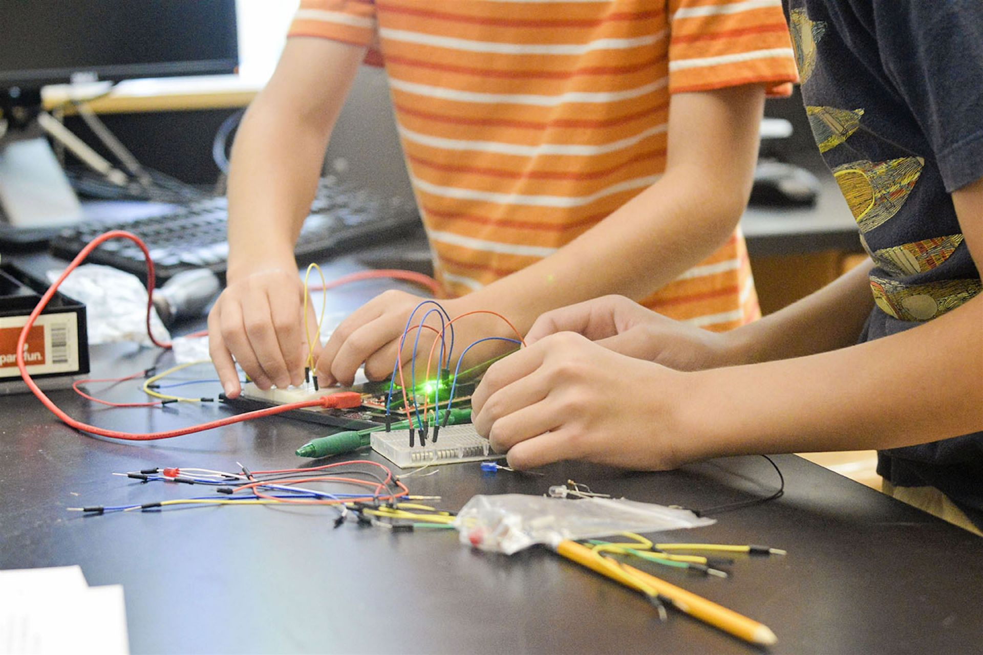 Campers have access to Fay's Innovation Lab, a 3,000 square-foot space that includes everything you need for inventing and making. Campers have opportunities throughout the summer to design and build in this safe and supervised setting.
