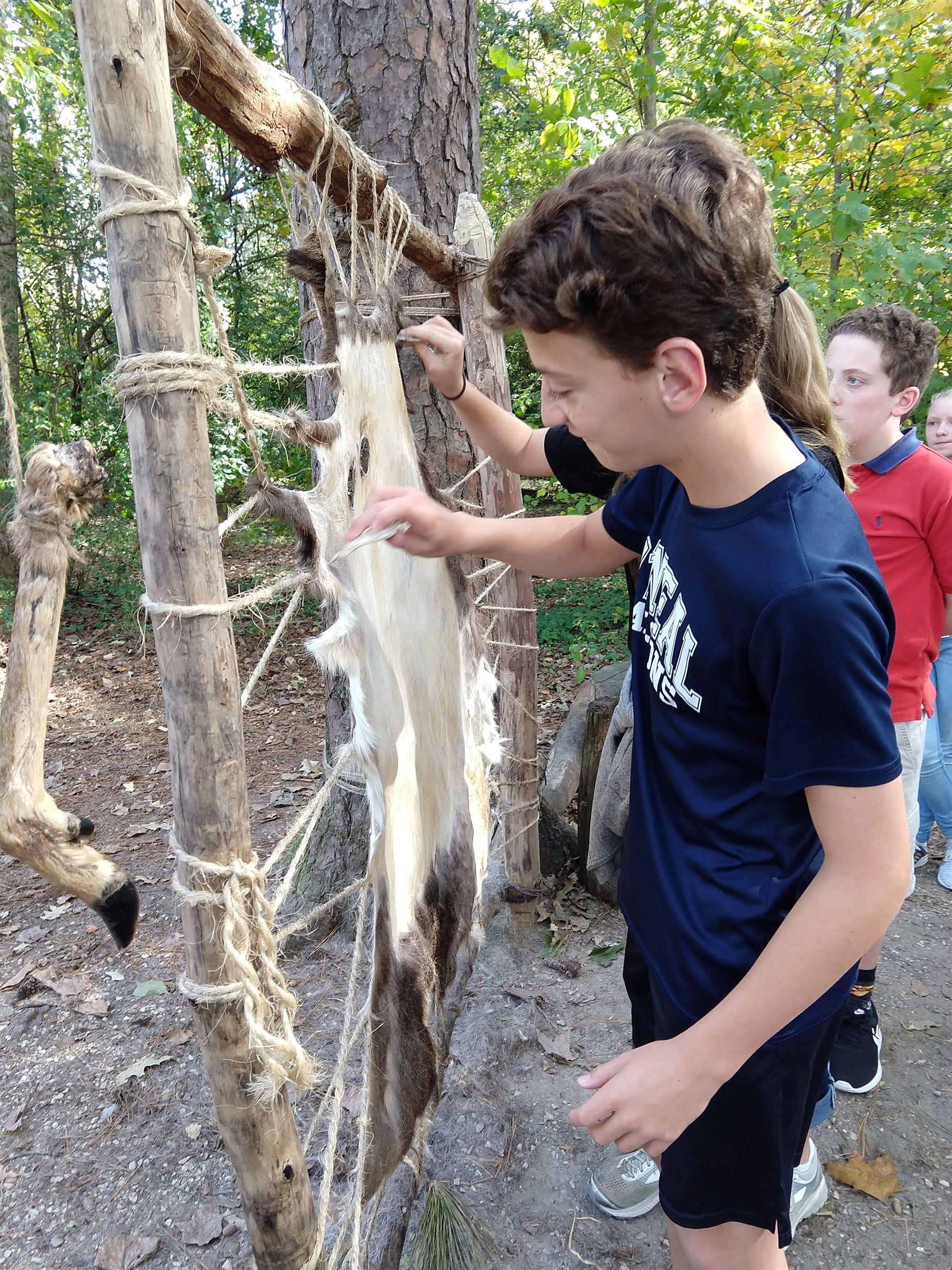 Middle School Students visit Jamestown