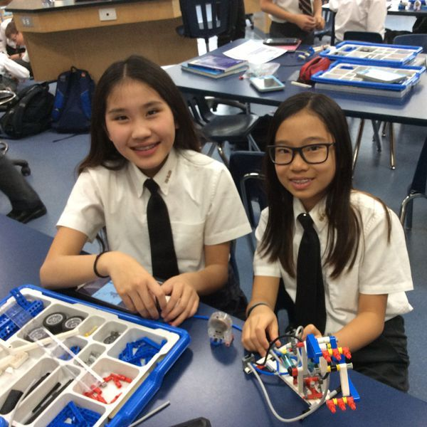 Grade 7s Build Robotic Arm in Private School Science and Technology lesson