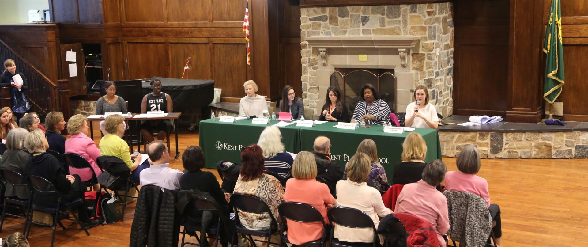 Panelists share their experience with the 50th reunion class, the Class of 1966, other alumnae and the Upper School student body