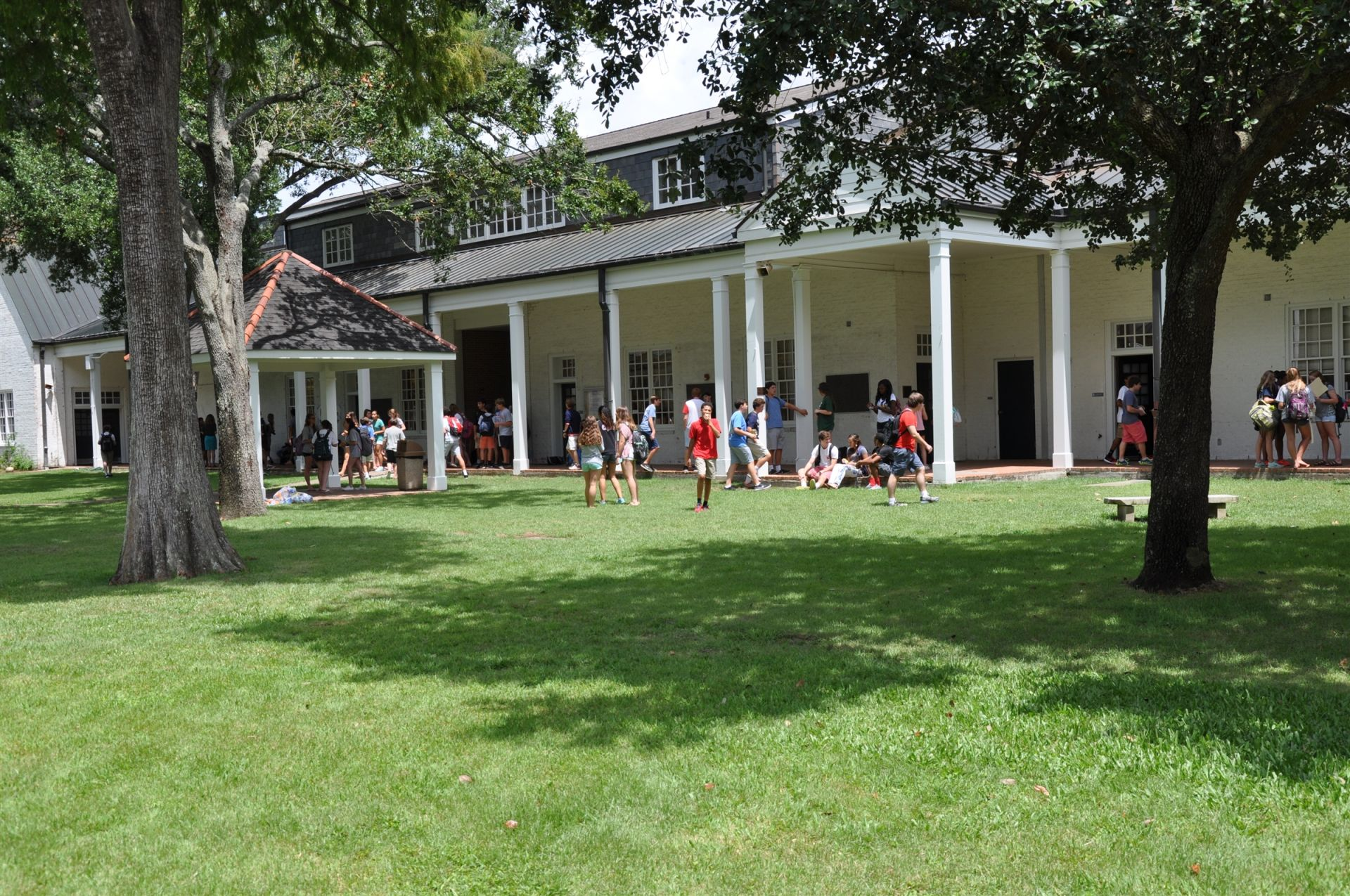 Upper School gathers for little lunch (snack)