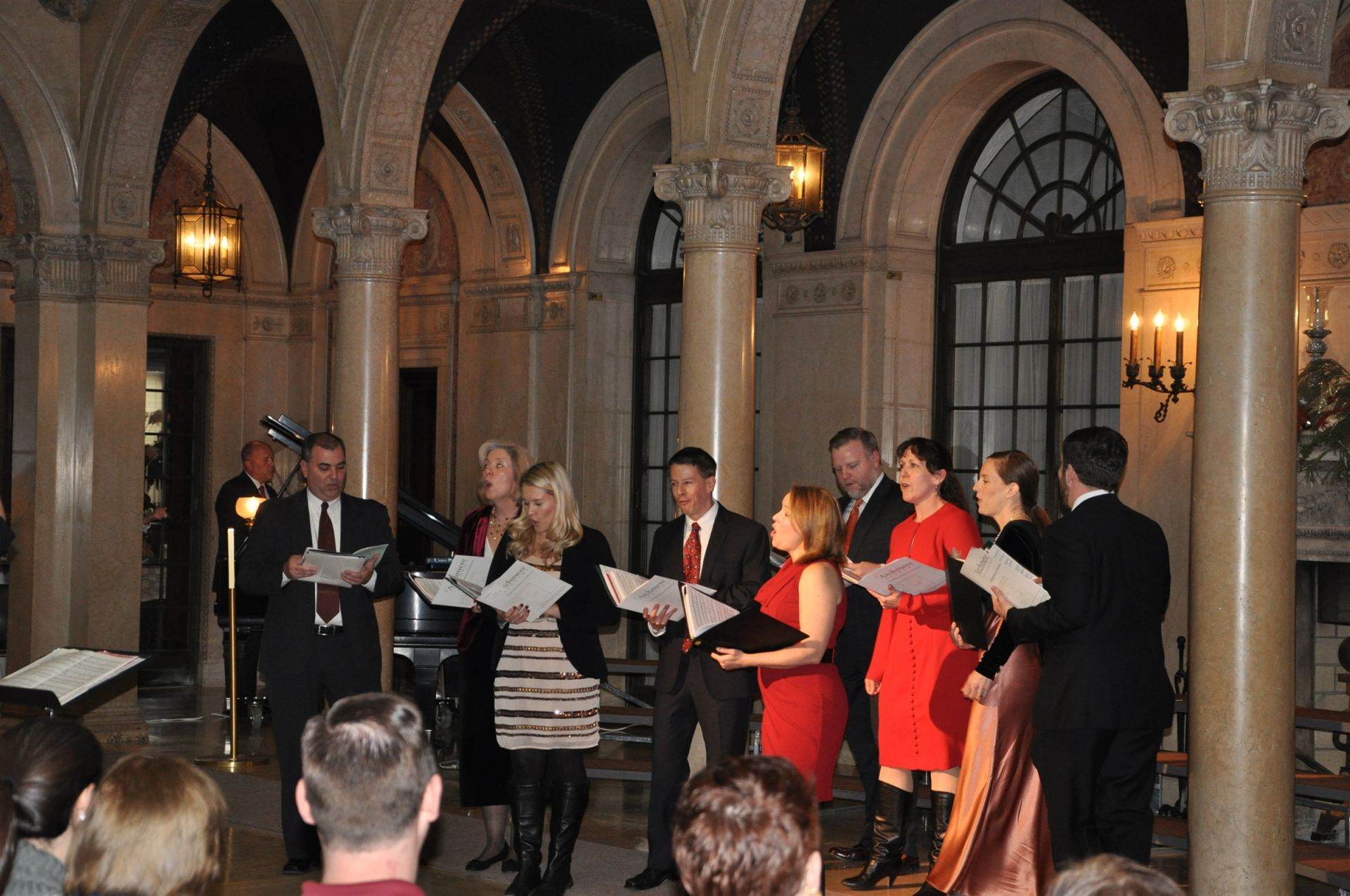Alumni Mastersingers Reunited in The Patio for a Christmas Concert on December 15th
