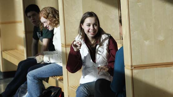 Students enjoy lunch and breaks in the open layout of the light-filled Commons.
