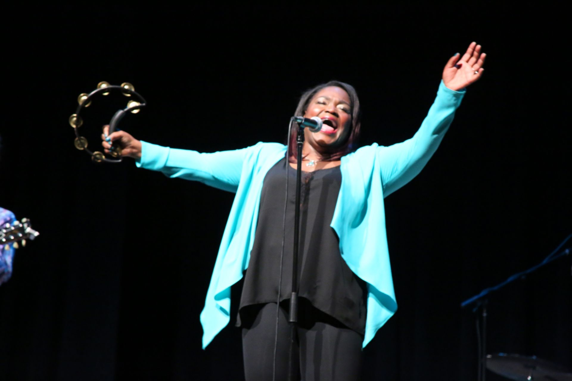 Thanks to the Jamie Bell '78 Music Fund, blues singing sensation Shemekia Copeland performed for SCH students and the community last spring.