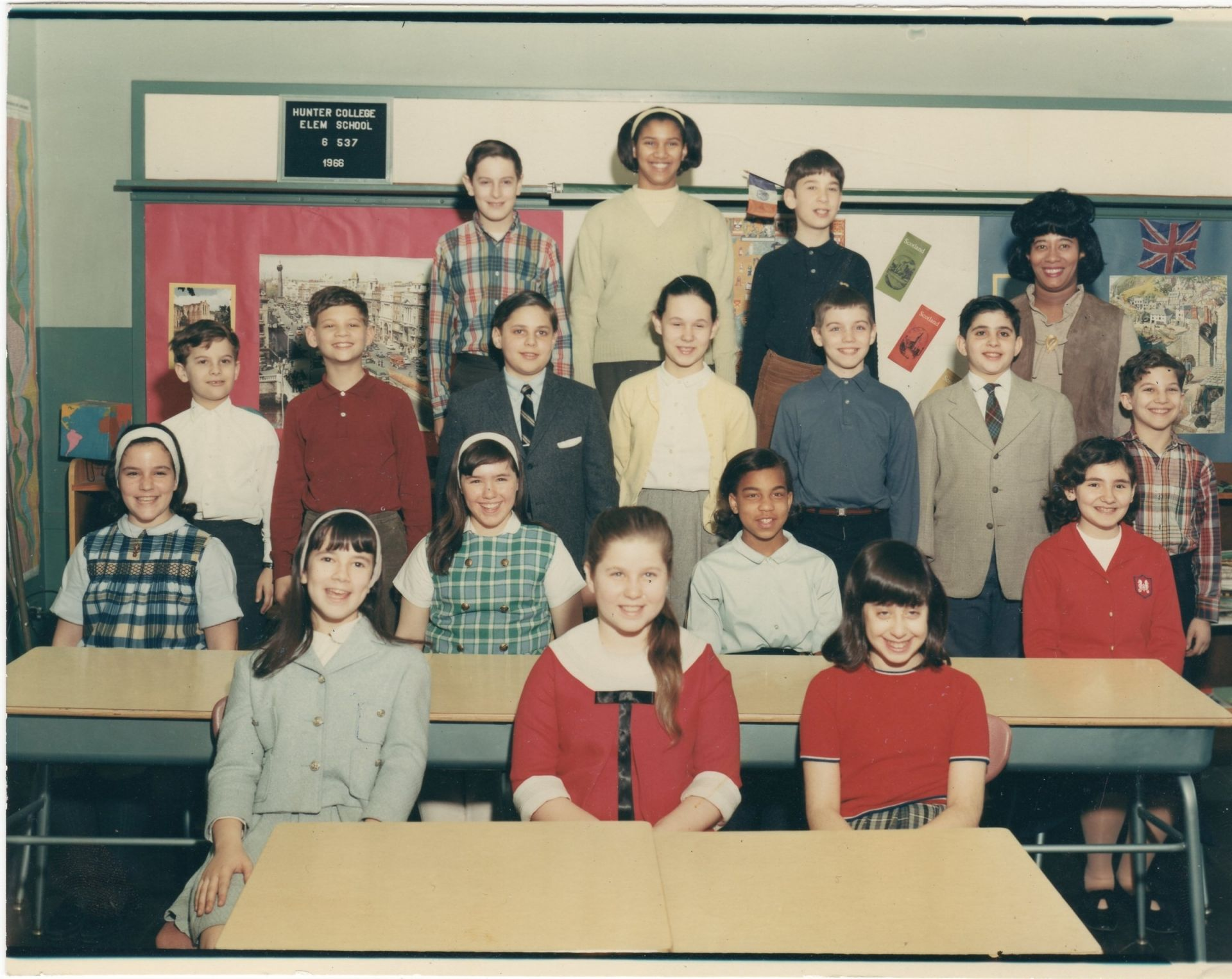 HCES Class of 1966 - 6th Grade class photo - Class 6-537, Mrs. Edith V. Scott - June 1966