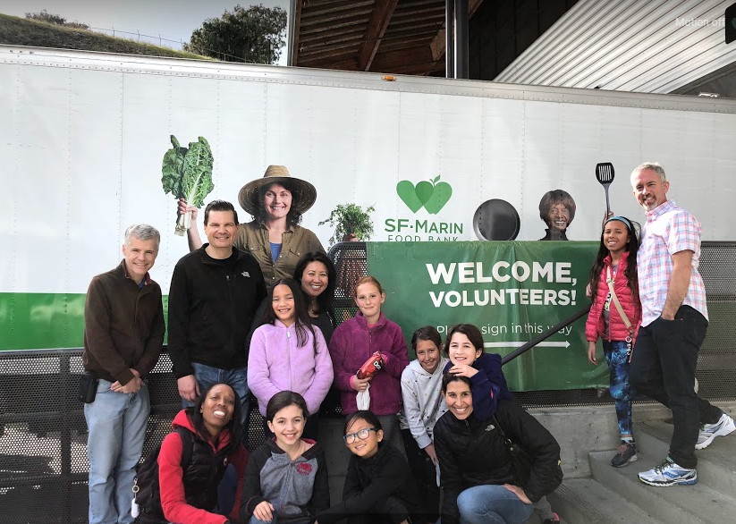 Hamlin students and families volunteer at SF-Marin Food Bank