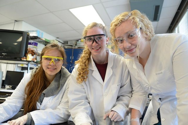 Future-Focused. Upper School students work in the lab.