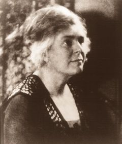 Founding Headmistress Mary Hammett Lewis