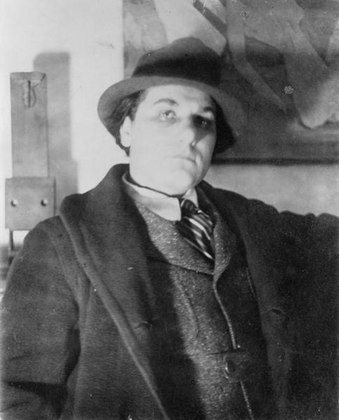 "<p>William Zorach, circa 1917, photo by <a href=""http://www.manraytrust.com/"" target=""_blank"">Man Ray</a><br> Library of Congress</p>"