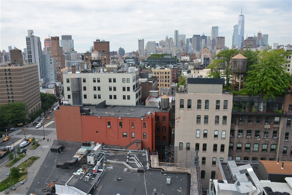 Looking South toward 46 Cooper Sq and downtown Manhattan from the Carl Fischer building