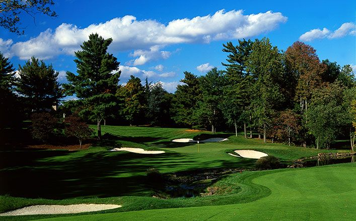 TPC Jasna Polana, an award-winning, par-72, 7,098-yard championship golf course designed by the legendary Gary Player, is home to the Hun School Golf Team. JP is adjacent to The Hun School's campus and is considered among the top private golf courses in New Jersey. JP also features a 3.5-acre practice facility and a 60,000 square-foot practice tee, four putting greens and practice bunkers. The Hun Raiders practice and play at Jasna Polana thanks to the generosity of alumnus and parent Christopher Piasecki