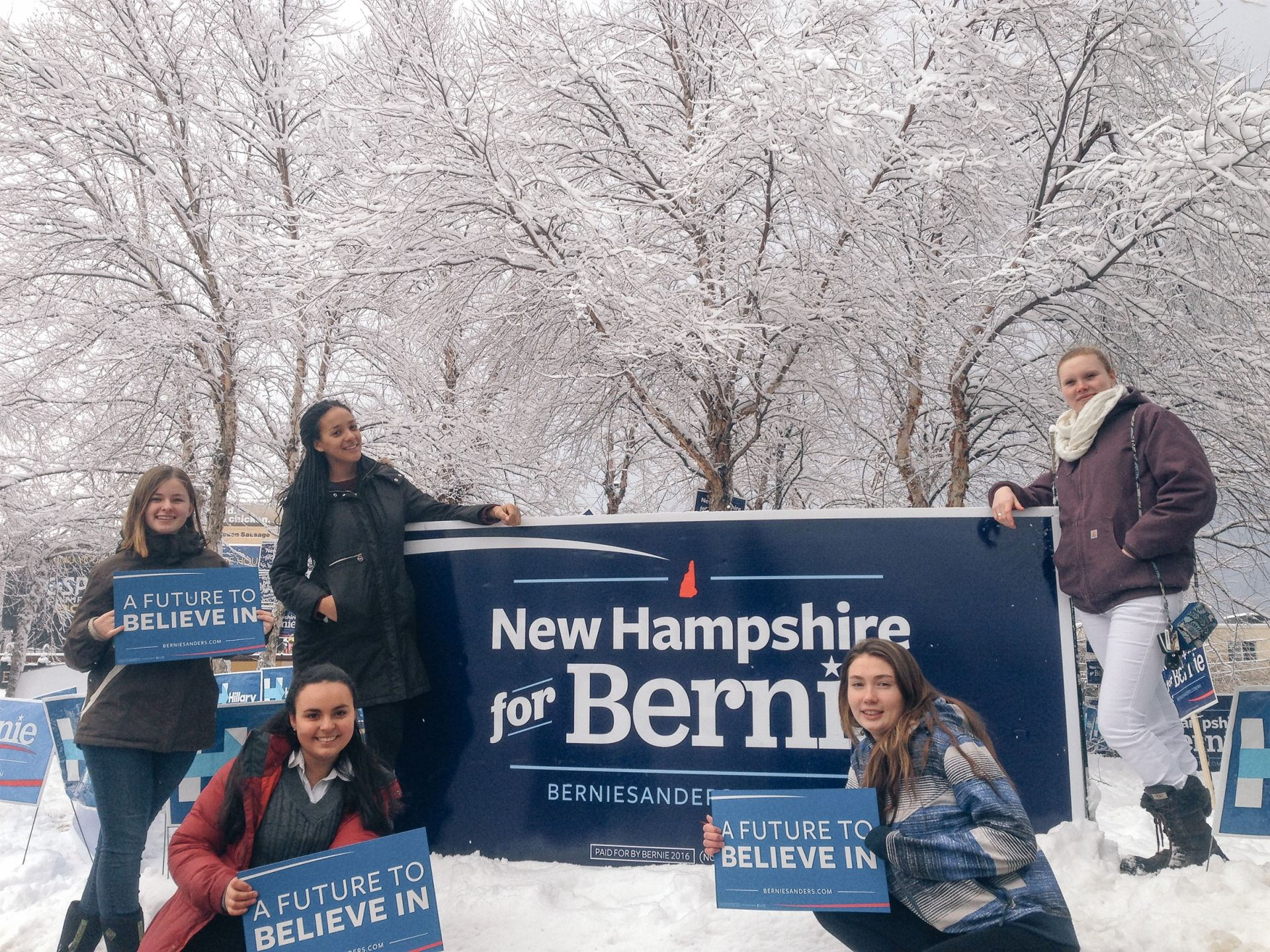 Despite the snow, many students made it out to see the candidates!